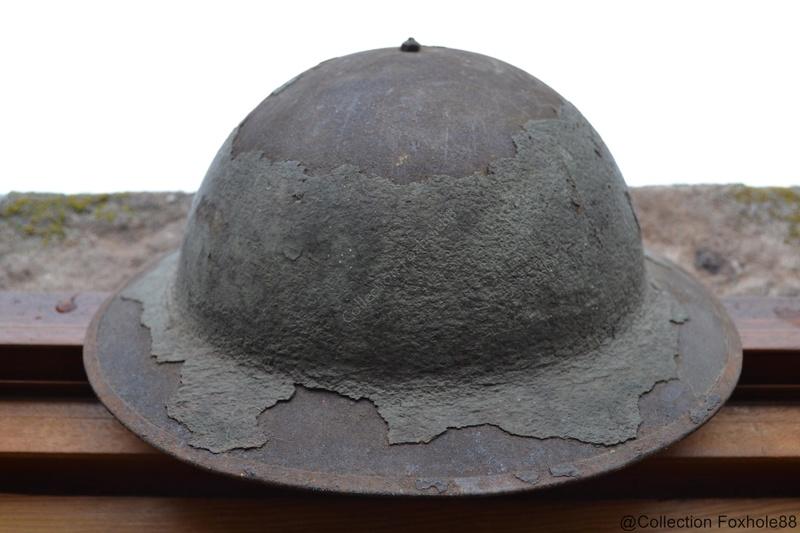 Identification Casque ( militaire ) WW1/WW2 Dsc_0311