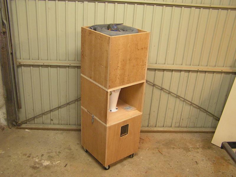 Aspirateur cyclone en préparation Pict2210