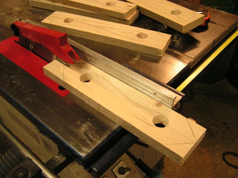 Un meuble caisson pour ma scie à onglet  Pict2315