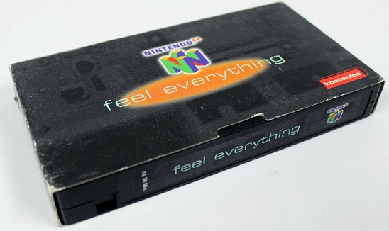QESAKO : coffret feel everything mario 64 + VHS Ninten11