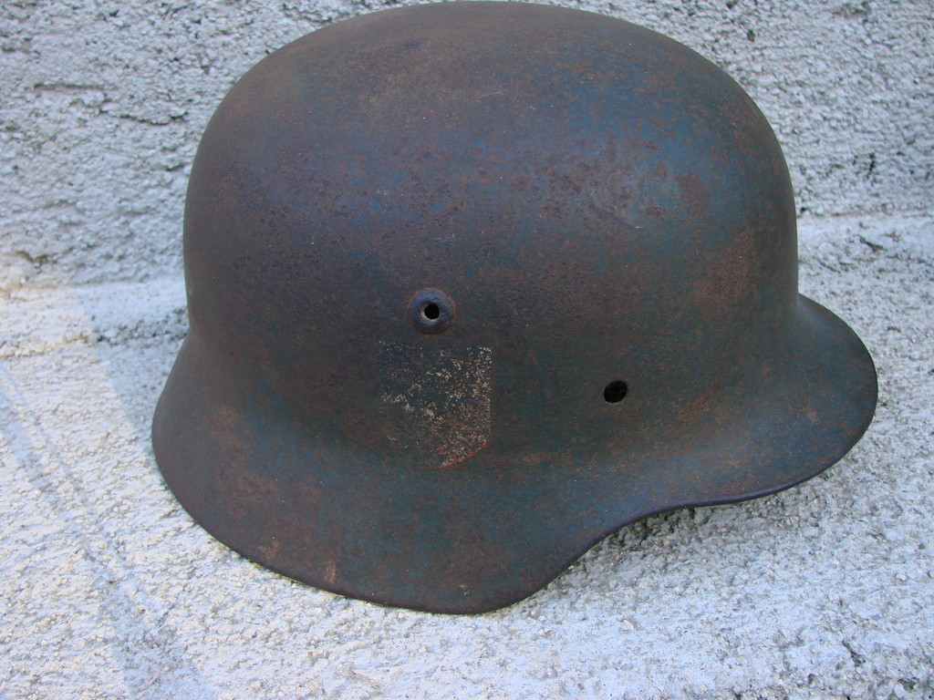 Casque allemand WW2 Dsc09758