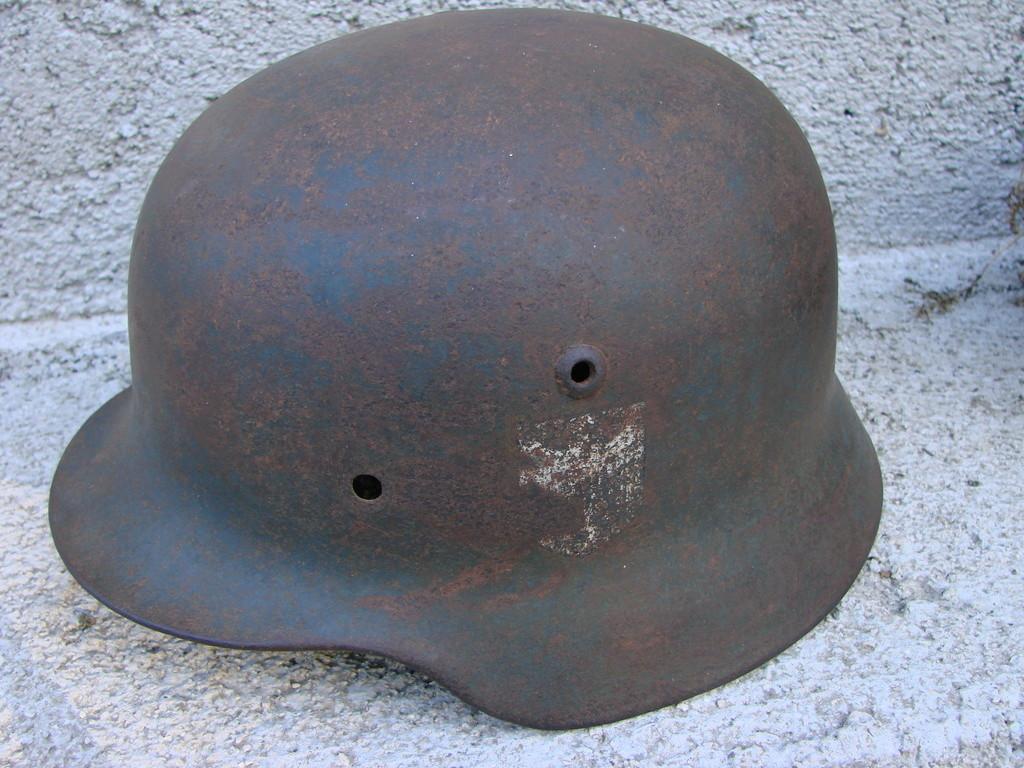 Casque allemand WW2 Dsc09759