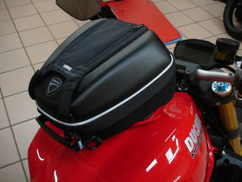 Charger la... Ducat' ! Dsc03310