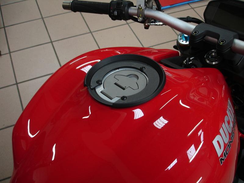 Charger la... Ducat' ! Dsc03311