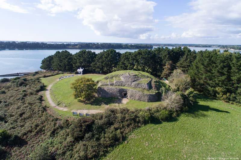 [Archéologie] Les mégalithes du Morbihan - Page 2 Gavrin11