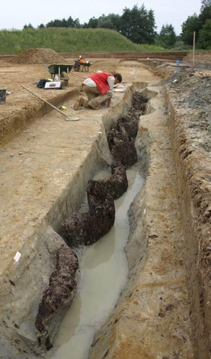 [Archéologie] Les mégalithes du Morbihan - Page 3 Paliss10