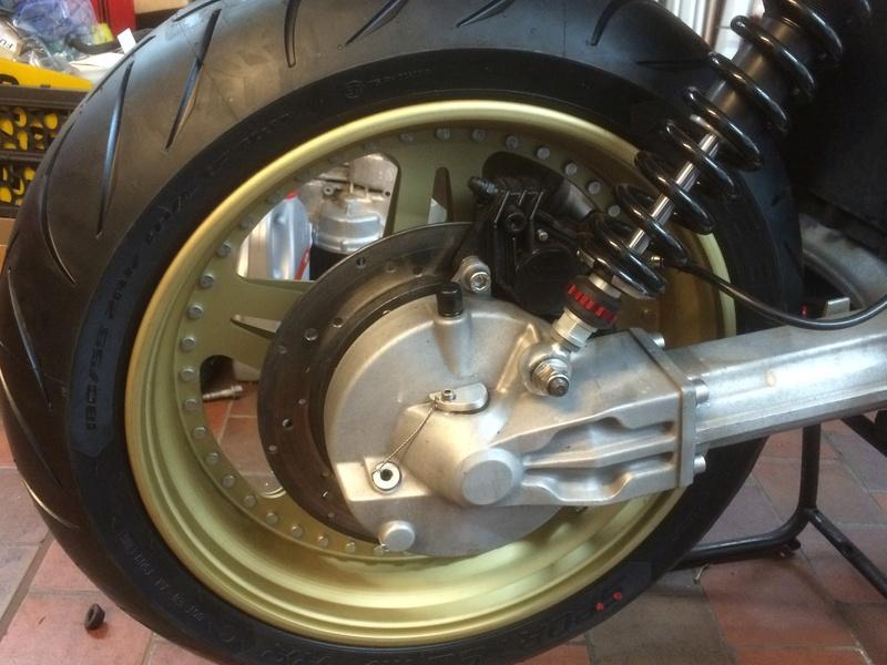 Rear wheel modification -  K1200 or K1100 on the K100? Img_2710