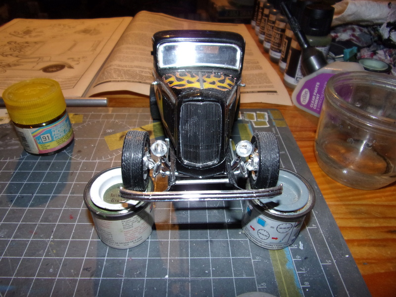 FORD '32  3 window-coupé [REVELL 1/25éme] - Page 2 102_6529