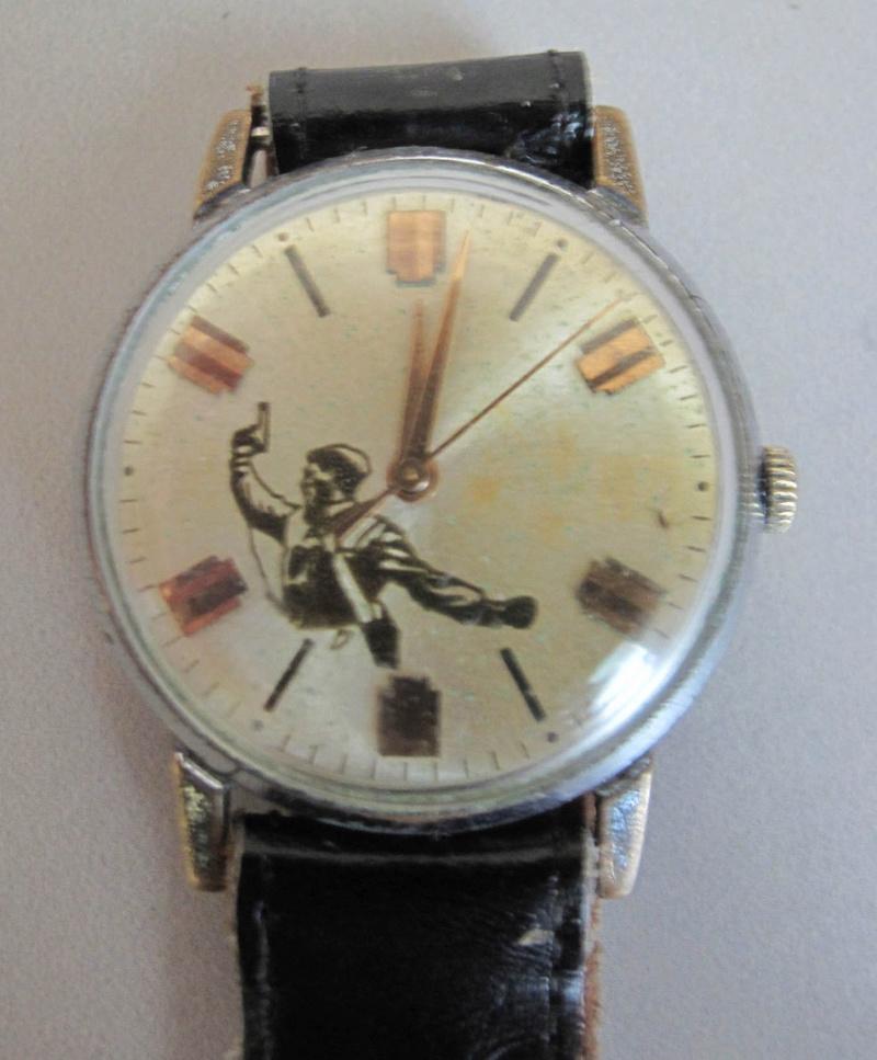 Les montres soviétiques commémoratives de la victoire  Zim19610