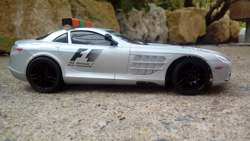 Mercedes safety car F1 20170823