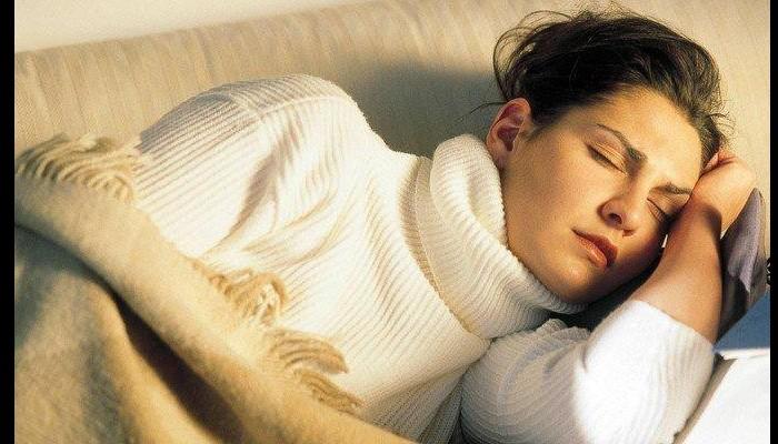 Pourquoi dort-on mal la première nuit ailleurs N1411
