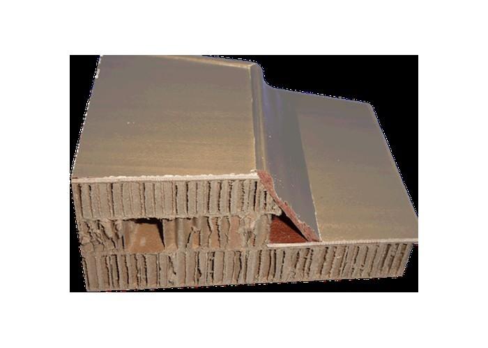 Combattu par le business de la mort, le cercueil en carton peine à s'imposer Sans_407