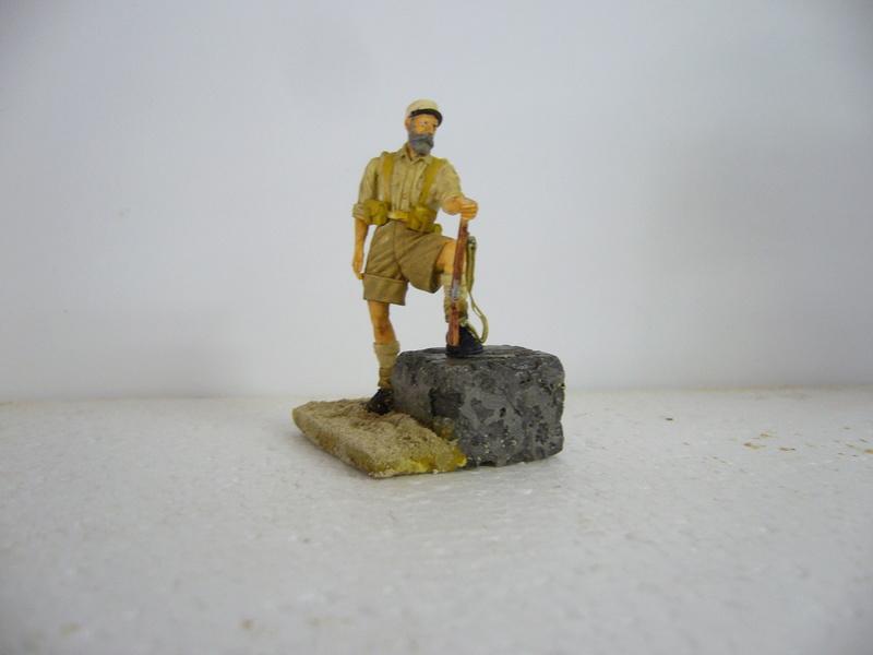 Légionnaire Bir Hakeim 1942, Warriors 1/35 - Huiles et acryliques P1040325