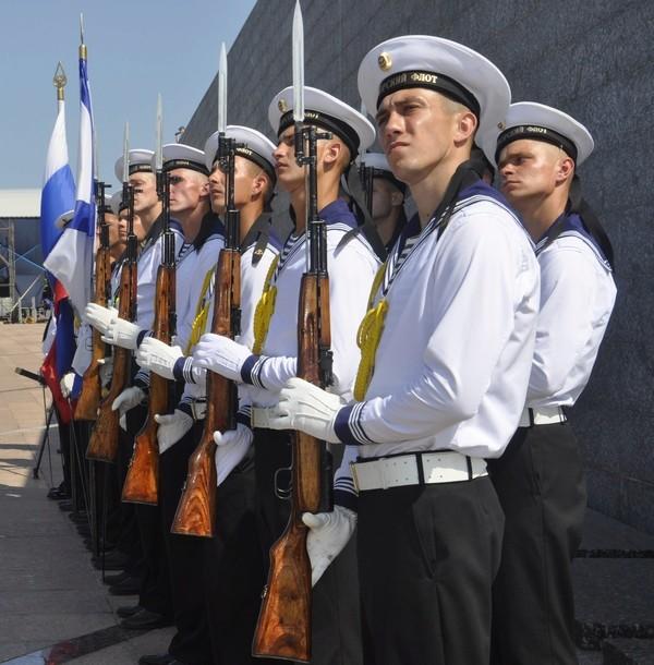 Anniversary Days/Victory Day parades in Sevastopol, Crimea _dsc0010