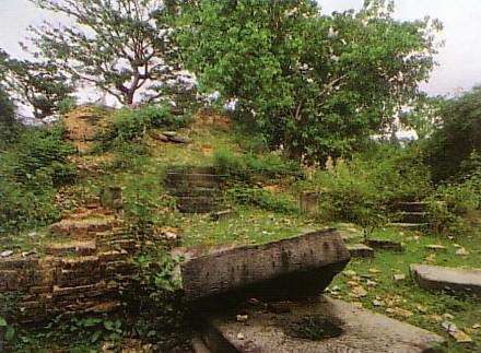Le Temple de l'île de Lost  Ak_yom10