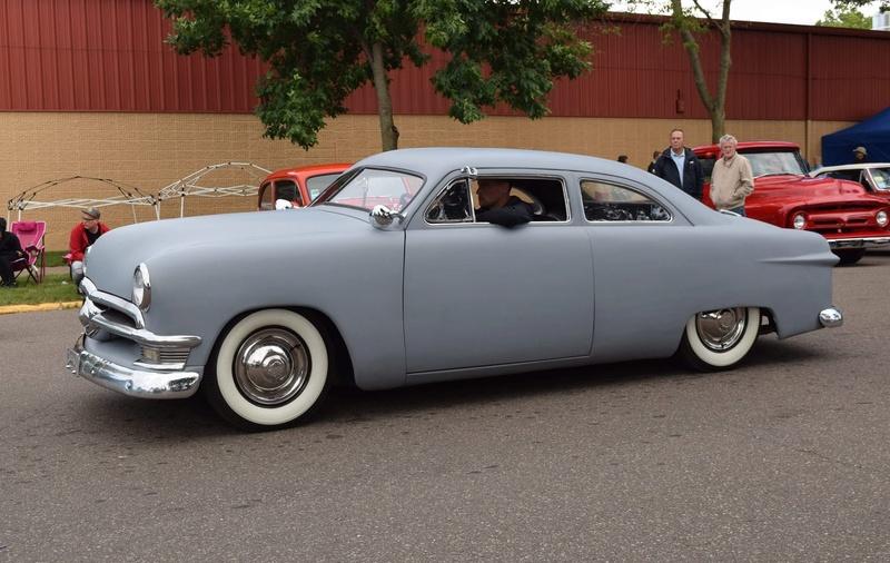 Ford 1949 - 50 - 51 (shoebox) custom & mild custom galerie - Page 25 19452810