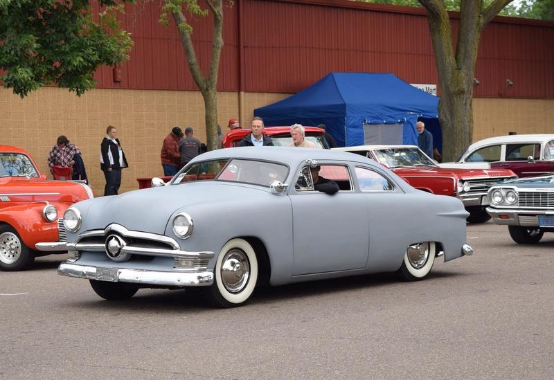 Ford 1949 - 50 - 51 (shoebox) custom & mild custom galerie - Page 25 19488810