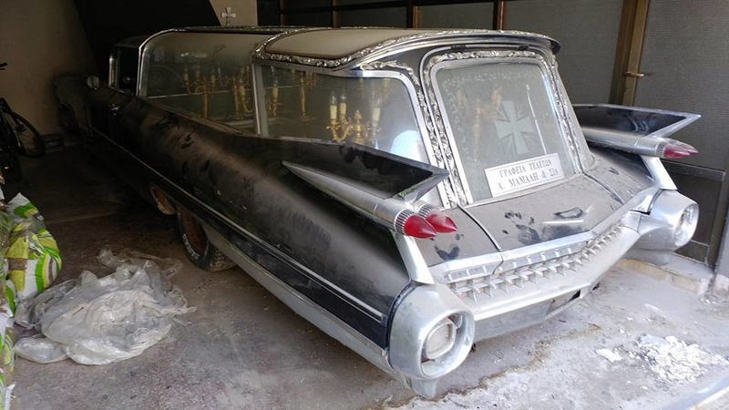 Incroyable Cadillac 1959 corbillard trouvée en Grece - Amazing 1959 Cadillac Hearse recently uncovered in Greece 1959_c19