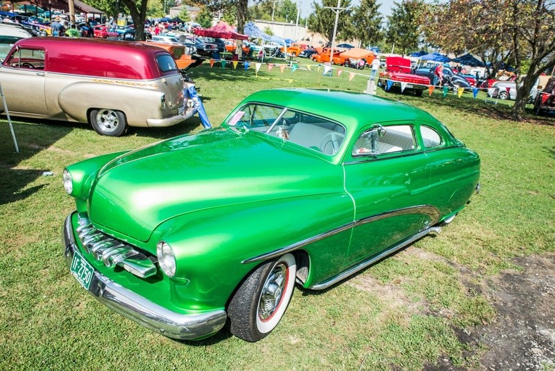 Mercury 1949 - 51  custom & mild custom galerie - Page 32 21950710