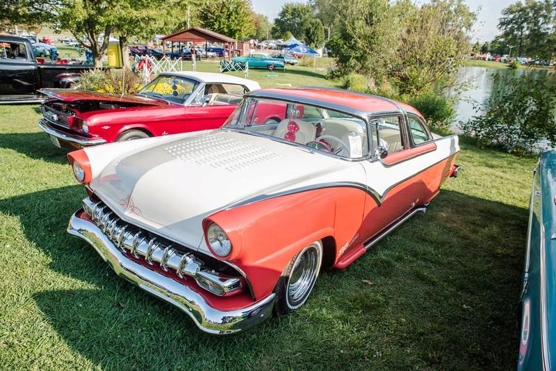 Ford 1955 - 1956 custom & mild custom - Page 6 22050910