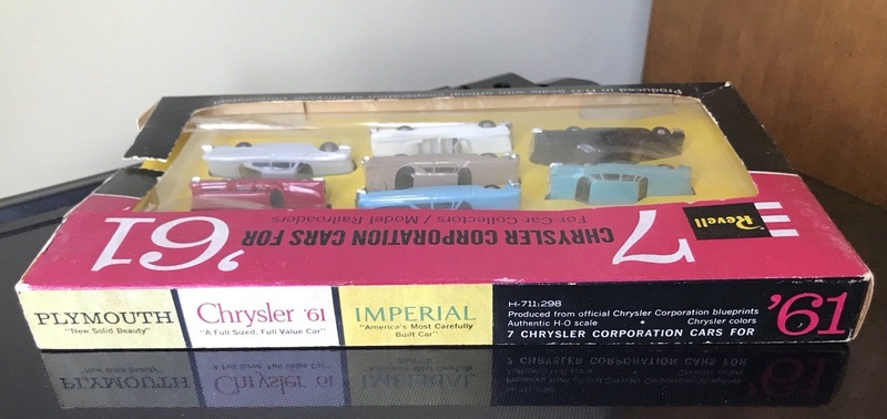 Revell - ho Mopar Car plastic 1961 - 7 Chrysler Corporation cars for '61 - Model railroaders 315