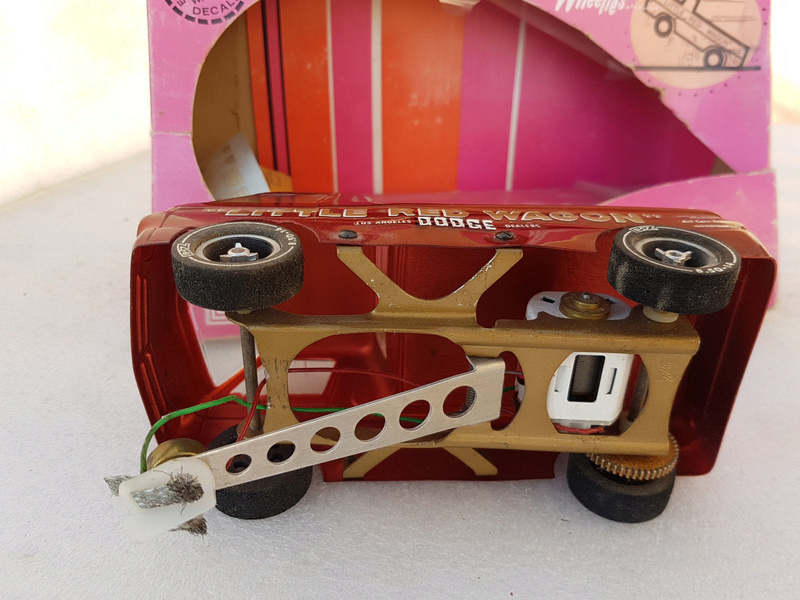 Slot car dragster 1960's BZ Dodge Little Red Wagon. 418