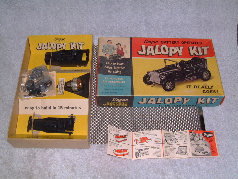 Ungar - Hot Rod Jalopy Kit - Battery operated - Easy to snaps together no gluing - easy to build in 15 minutes!! 6010