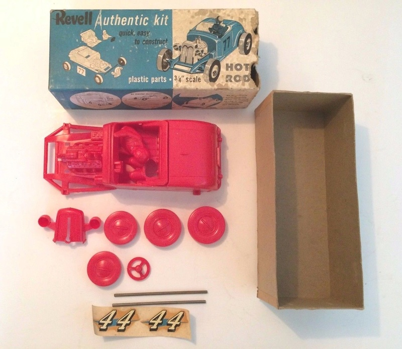 Revell - Authentic Kit - Hot Rod - Quick easy to construct - plastic parts .3/4¨ scale - Hot rod - h59 7211