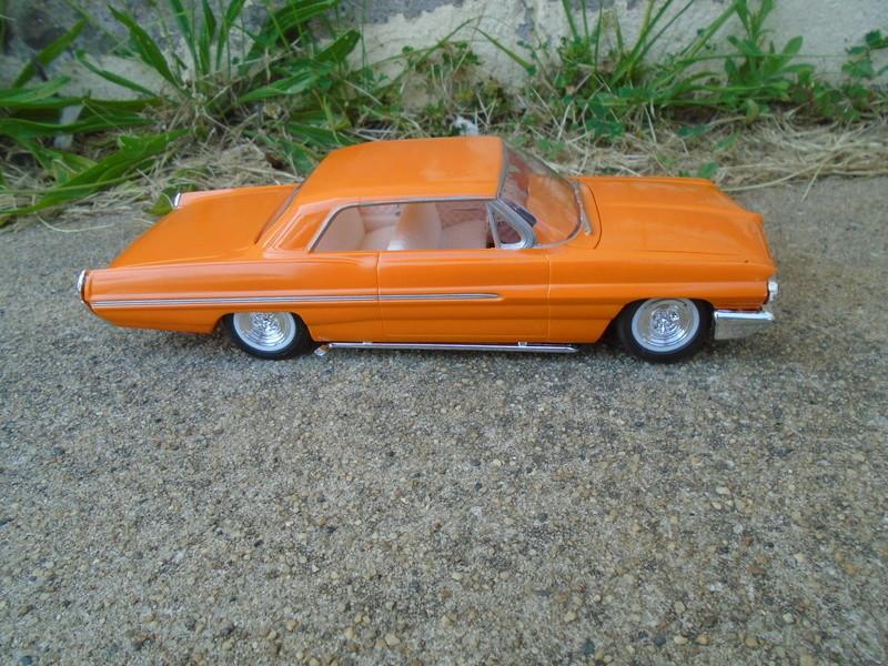 1962 Pontiac Bonneville custom - amt - 1/25 scale Dsc07418