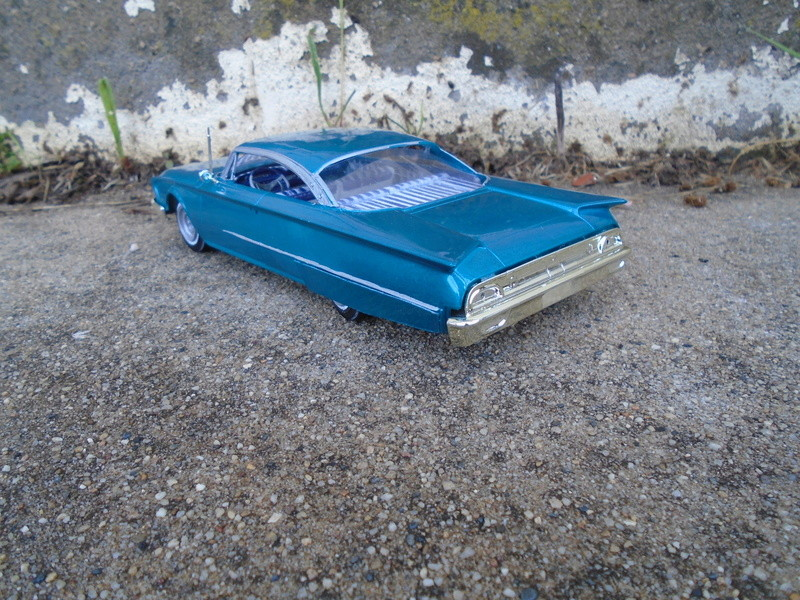 1960 Ford Starliner - lead sled - amt 1/25 scale Dsc07512