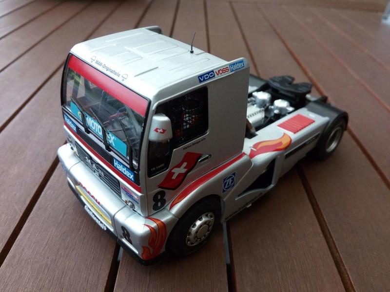 Quelques voitures 1/32 à vendre Img_2012
