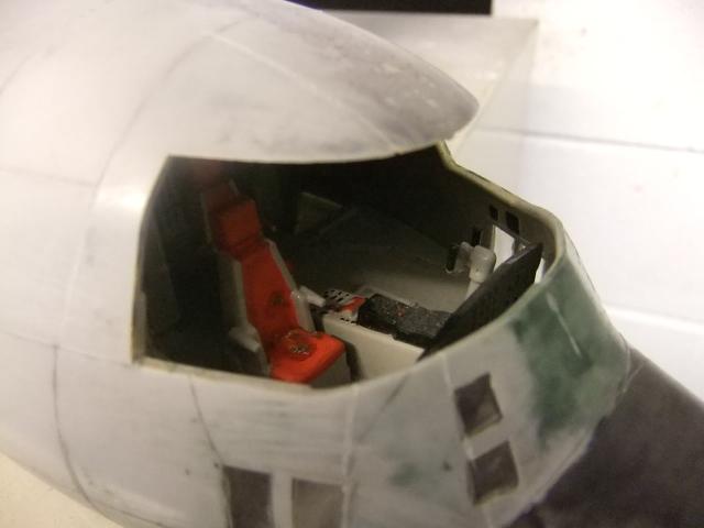 2 x C-130 HERCULE au 1/48ieme ! - Page 3 Dscf8444