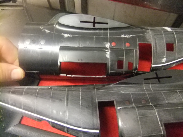 2 x C-130 HERCULE au 1/48ieme ! - Page 3 Dscf8531