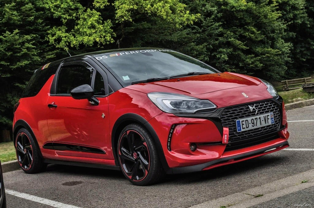 [thierry88] DS3 Performance rouge Aden et hdi red edition  Receiv15