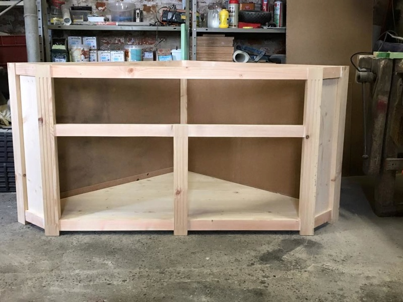 réalisation meuble tv en coin 5_410