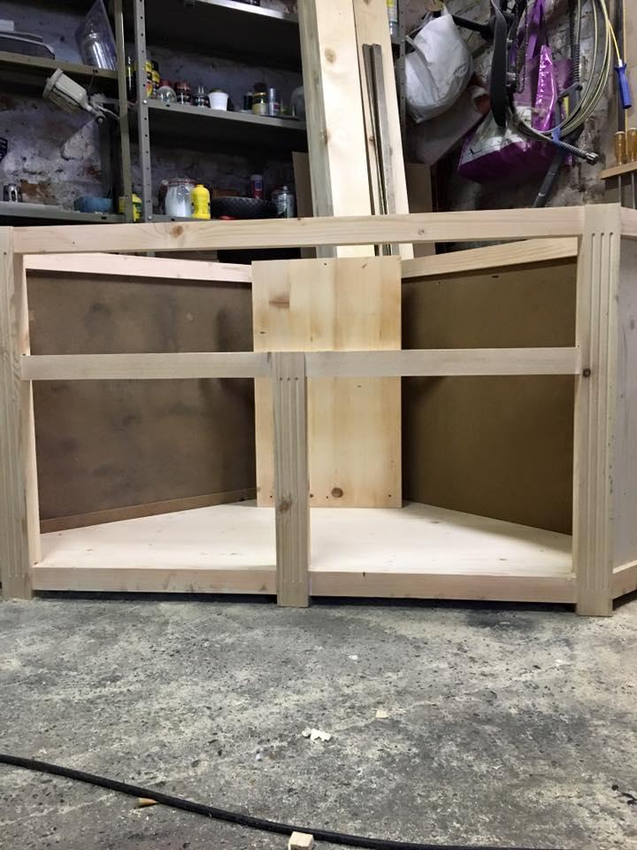 réalisation meuble tv en coin 5_610