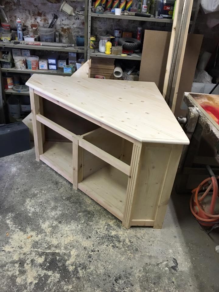 réalisation meuble tv en coin 5_710
