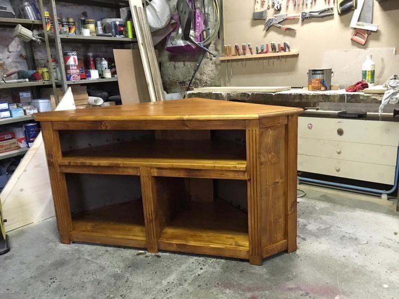 réalisation meuble tv en coin 6_310