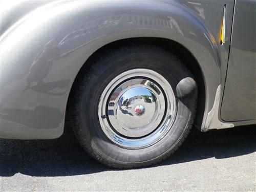 Triumph 1800 Roadster 1948 - Rambouillet Dim 20 Nov 2016 Imgp0769