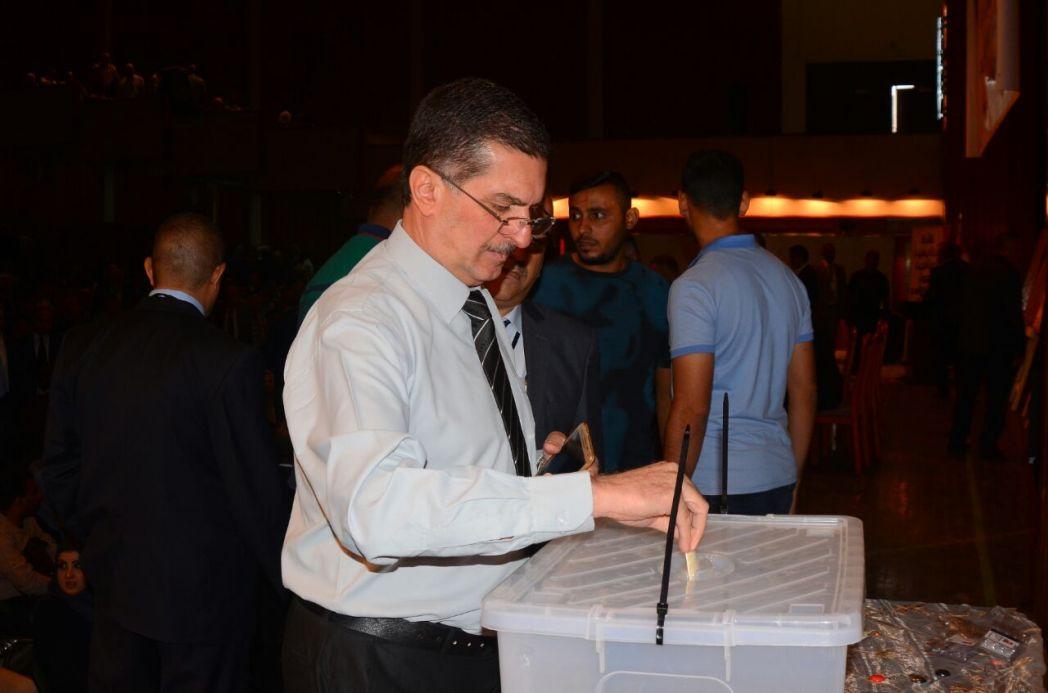 د. عبد الرزاق العيسى يبارك انتخابات الأكاديميين ويحث على مساحات مشتركة 2-110