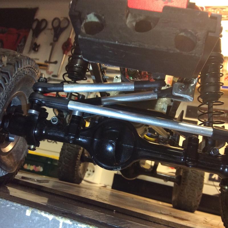Nouveau scale pour 2017 : Chassis GCM CMAX et Carroserie Chevy Blazer RC4WD - Page 2 Img_1732
