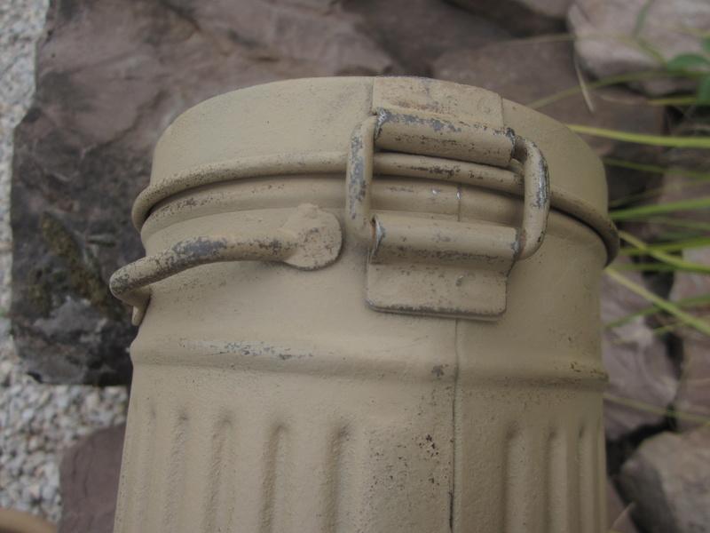 Restauration boitier Masque à gaz --> camouflage Img_4815