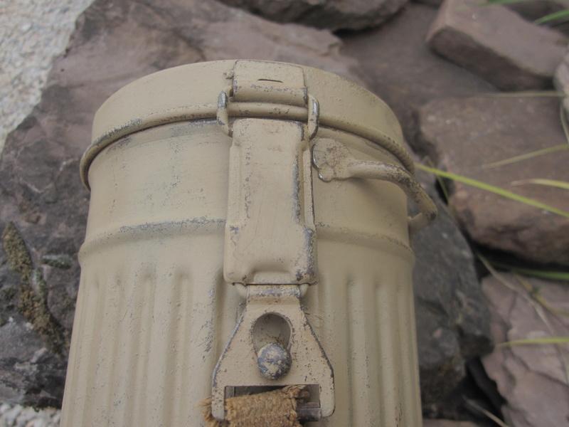 Restauration boitier Masque à gaz --> camouflage Img_4816