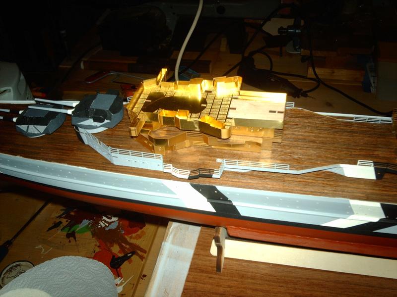 Fertig - Prinz Eugen 1:200 von Hachette gebaut von Maat Tom - Seite 9 10111