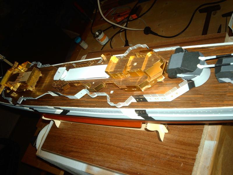 Fertig - Prinz Eugen 1:200 von Hachette gebaut von Maat Tom - Seite 9 10910