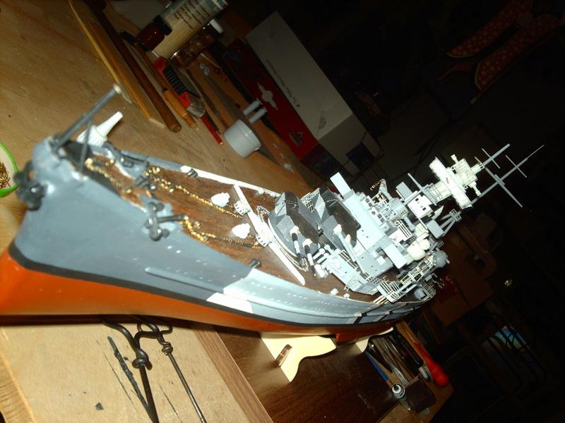 Fertig - Prinz Eugen 1:200 von Hachette gebaut von Maat Tom - Seite 10 17010