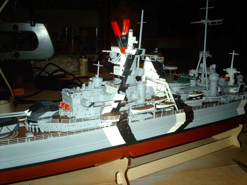 Fertig - Prinz Eugen 1:200 von Hachette gebaut von Maat Tom - Seite 10 20510