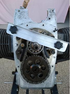 (R65) Brider le vilebrequin avant de changer le joint spi vilo volant moteur? 3214510