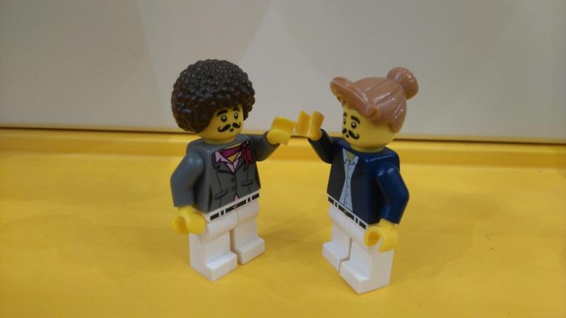 Les personnages du VDF en Lego Dsc_0611