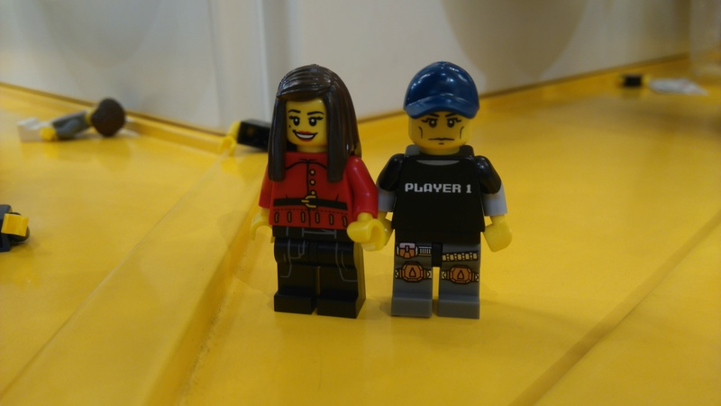 Les personnages du VDF en Lego Dsc_0615